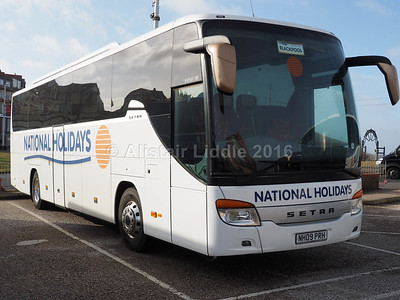 National Holidays, Hull Setra S415 GT-HD NH09 PRH (1)