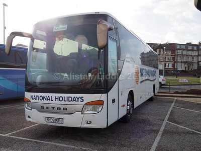 National Holidays, Hull Setra S415 GT-HD NH09 PRH (2)