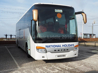 National Holidays, Hull Setra S415 GT-HD NH09 RRH (1)