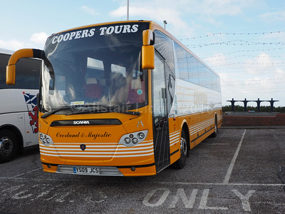 Coopers Tours, Sheffield Scania Omniexpress YS09 JCS (2)