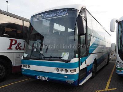 APEC Executive Travel (Barnards Coaches) Gainsbotough Neoplan Euroliner HS03 OYJ (2)