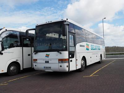 Selwyns, Runcorn VDL SB4000 Van Hool Alizee T9 123 YJ04 HHZ (1)