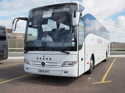 Gibson Direct, Renfrew Mercedes-Benz Tourismo BF16 XPY (1)