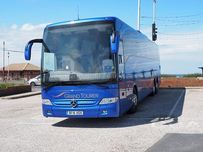 Shearings, Wigan Mercedes-Benz Tourismo Blutec 6 850 BF16 XOX (1)