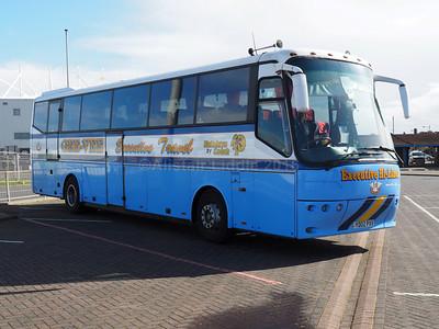 Gee-Vee Travel, Barnsley Bova Futura YD02 PXV (1)