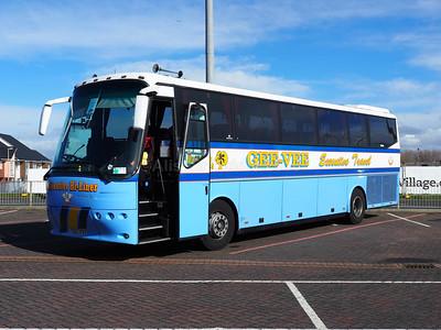 Gee-Vee Travel, Barnsley Bova Futura YD02 PXV (2)