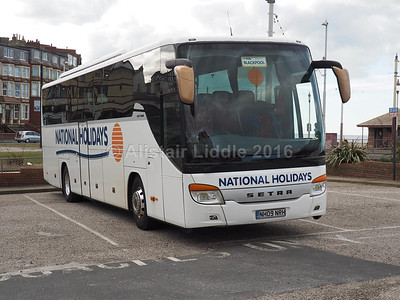 National Holidays, Hull Setra S 415 GT-HD NH09 NRH