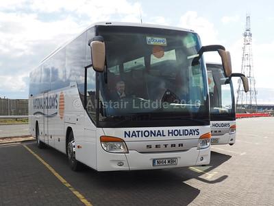National Holidays, Hull Setra S 415 GT-HD NH14 MBH (2)