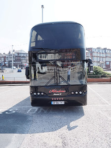 Milestone Coaches, Canvey Island Neoplan Skyliner SF56 TYT (2)