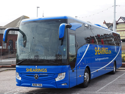 Shearings, Wigan Mercedes-Benz Tourismo 137 BU18 YSO (1)