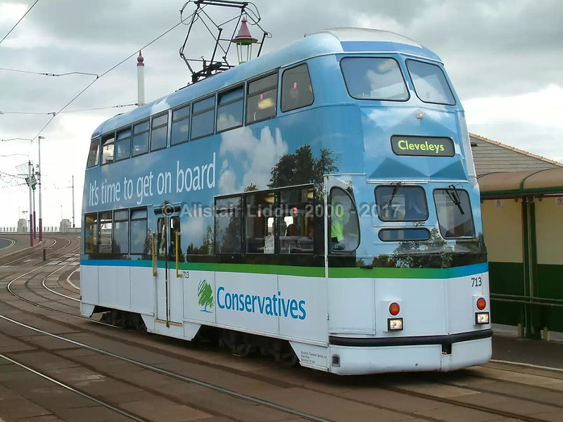 Balloon 713 in Conservative Party Conference livery September 2007 (3)