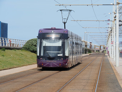 Blackpool Transport Bombardier Flexity 2 002 (4)