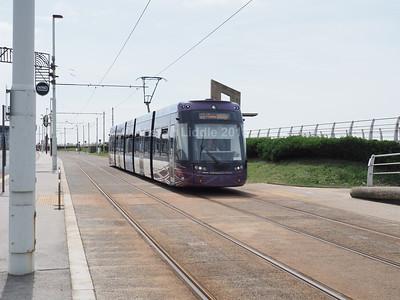 Blackpool Transport Bombardier Flexity 2 002 (2)