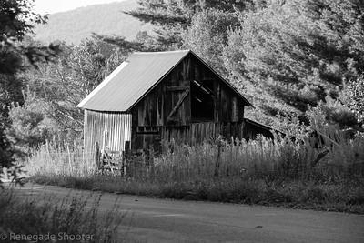 old bw barn