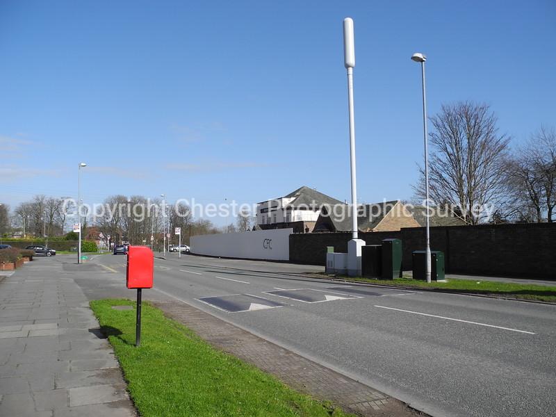 Highfield Public House 99: Saughall Road: Blacon