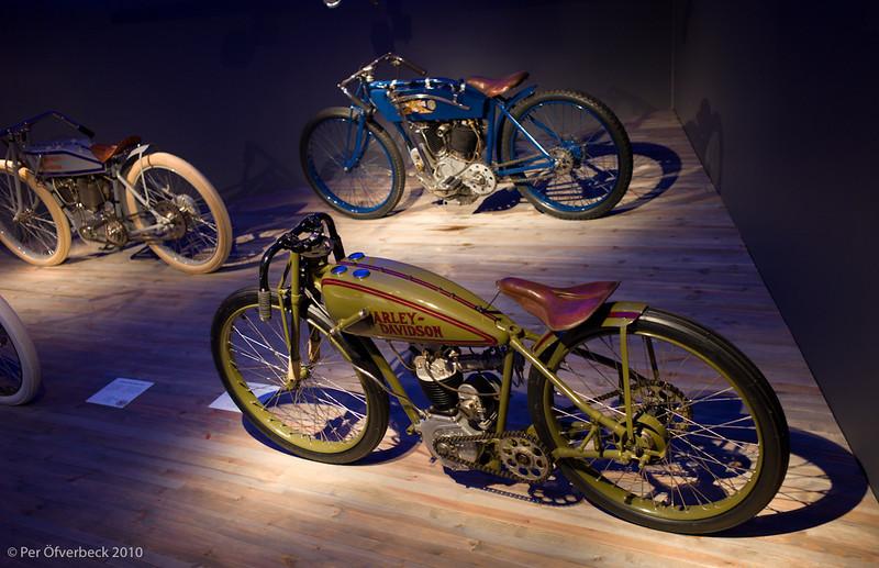 Edsvik, motorcyklar