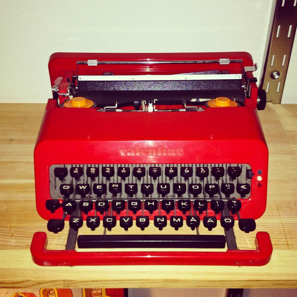 Typewriter Valentine from Olivetti 1969