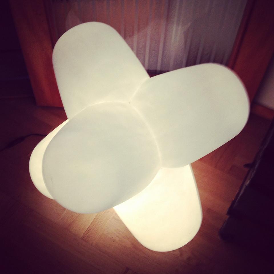 En lampa av Tom Dixon