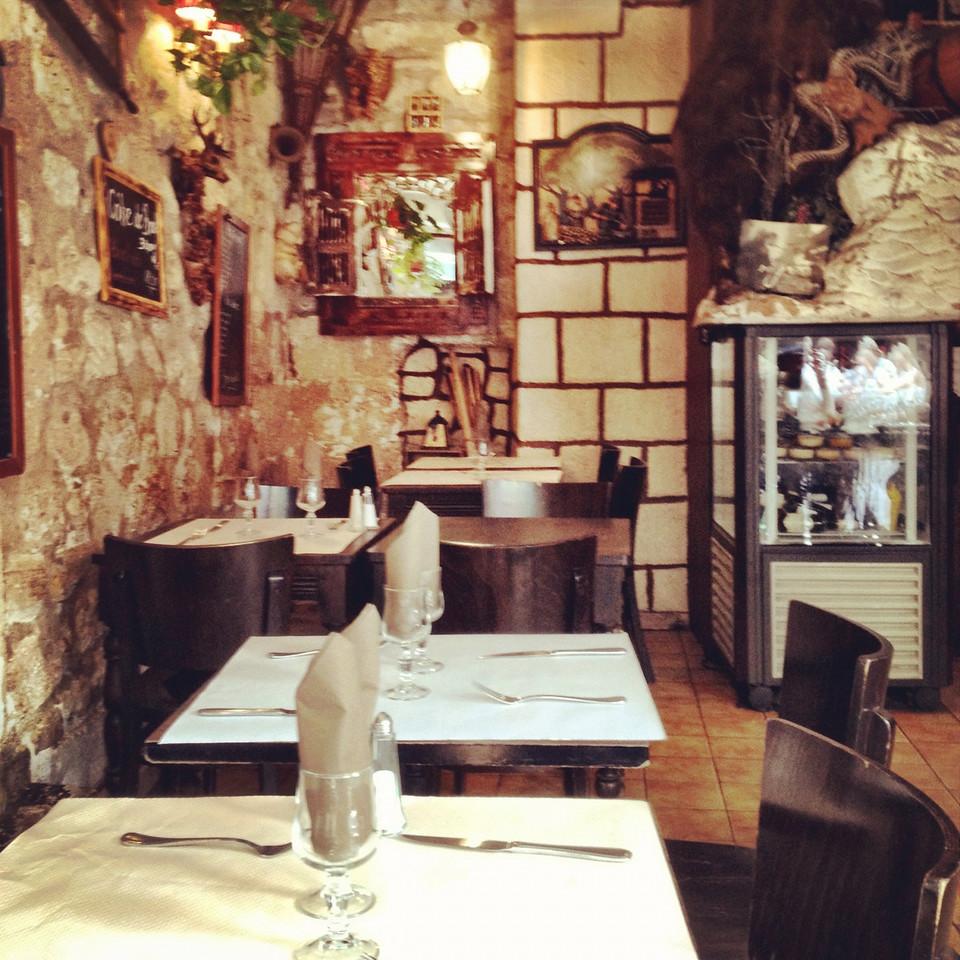 Touristic restaurant at Rue Xavier Privas