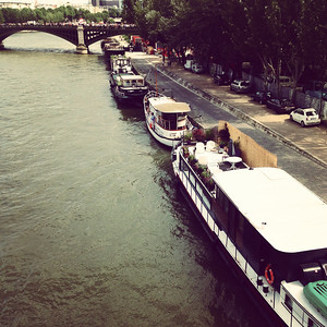 Boats on Seine