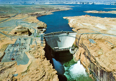 Trip to Glen Canyon National Recreation Area Glen Canyon Dam - Lake Powell spills for the first time. 10-14 March 1984