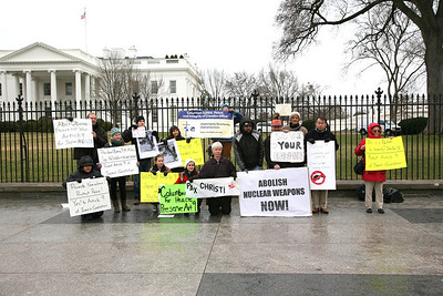 Members of Pax Christi, Catholic Workers, Columban Justice, Peace and others at White House.