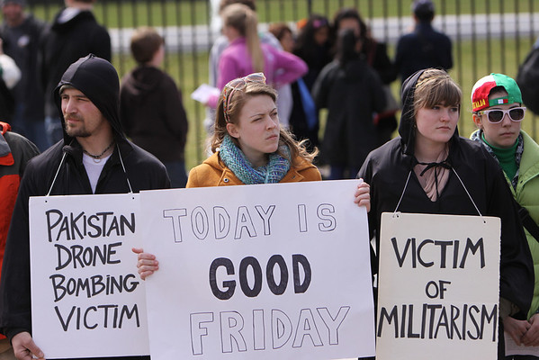 Good Friday nonviolent witness at the White House 2013