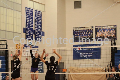 #4 Libby Cleveland goes up for the kill