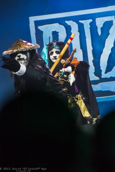 Chen Stormstout and Pandaren Lamplighter