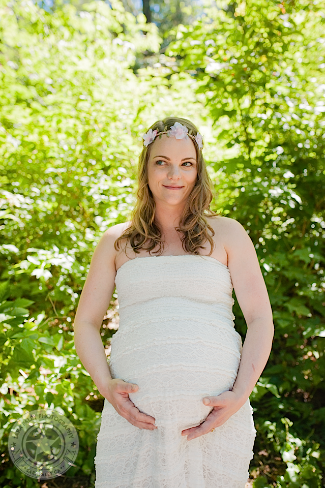 outdoor maternity portrats @sarapaleyphoto