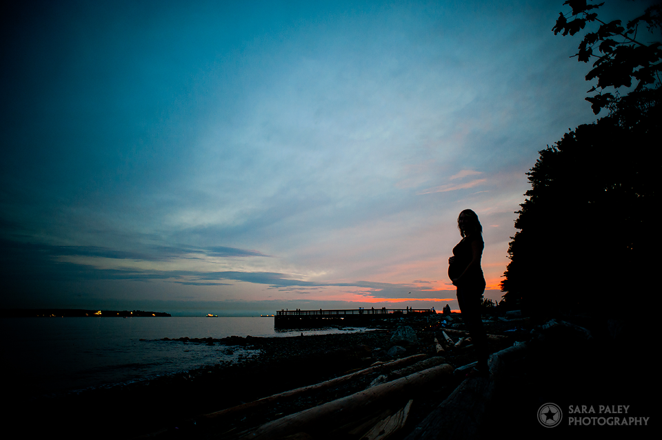 ambleside beach maternity photography, vancouver photographer, sara paley photography, baby bump, maternity photographer
