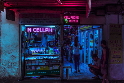 Some of my favorite subjects are these chop shops for high-tech gadgets - I feel like they are a perfect fit for a cyberpunk world. Not only for the pretty lights, but also for the fact that they take apart old tech and find new uses for them.