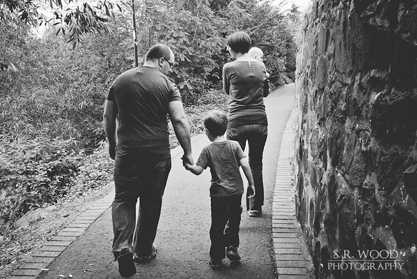 Helen & Euan - Norrie Miller Walk - Lifestyle Photography - S.R. Wood Photography