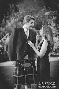Laine & Scott - Dundee Botanic Gardens - Lifestyle Photography - S.R. Wood Photography