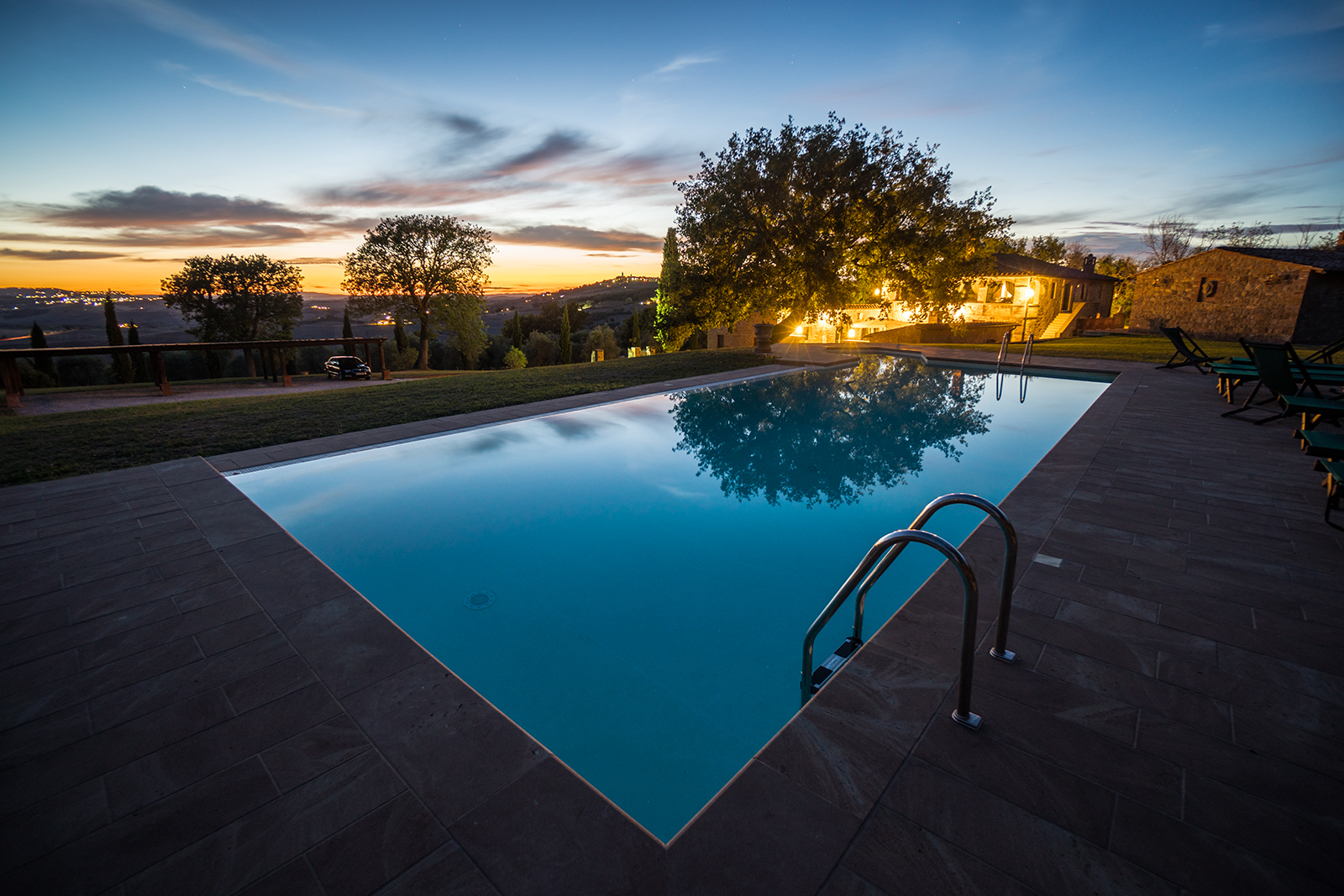 tuscany, italy, hdr, pool, swiming, sunset, bluehour, sony, sony a6500