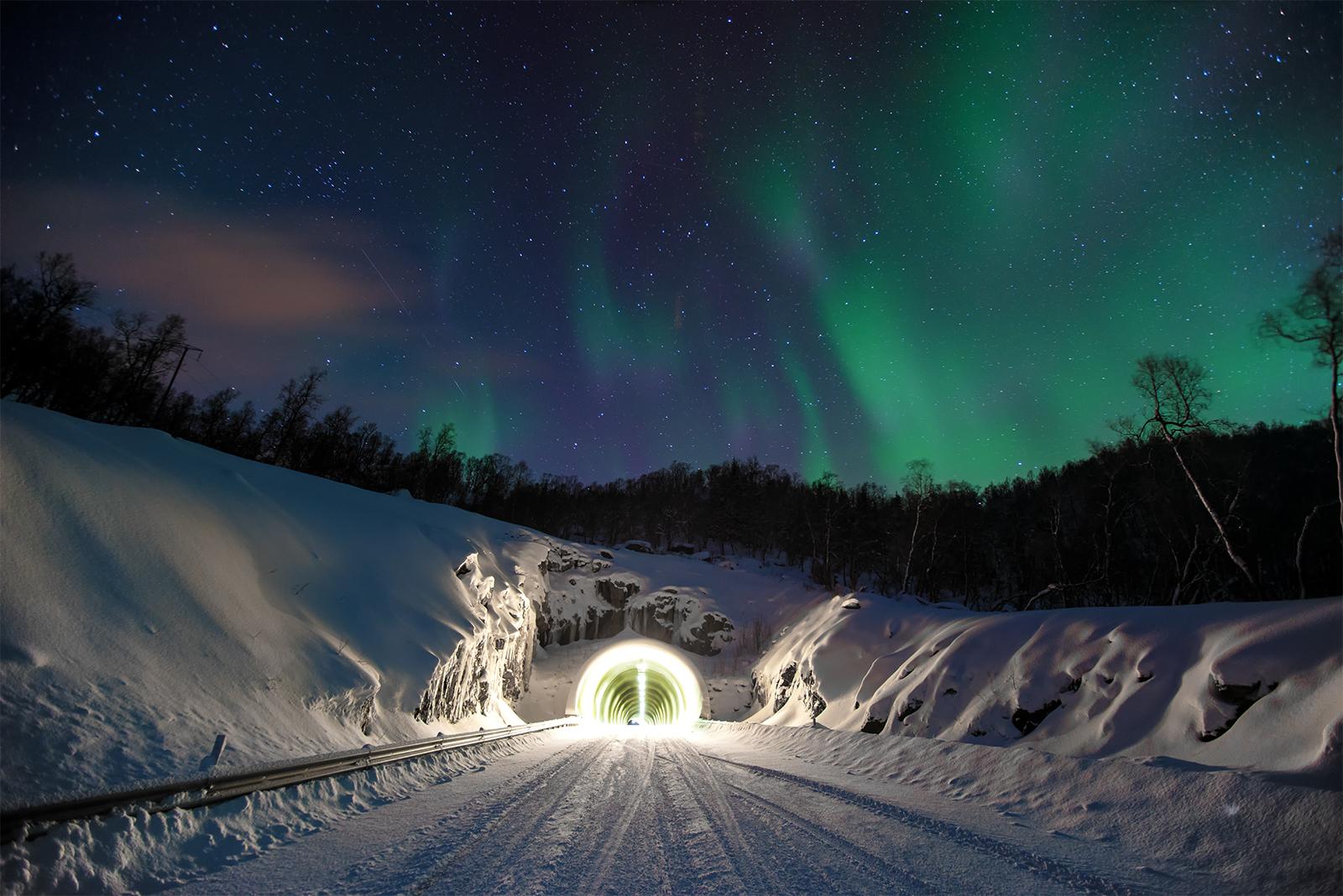 lofoten, northern lights, aurora borealis, evens, snow, tunnel, sky