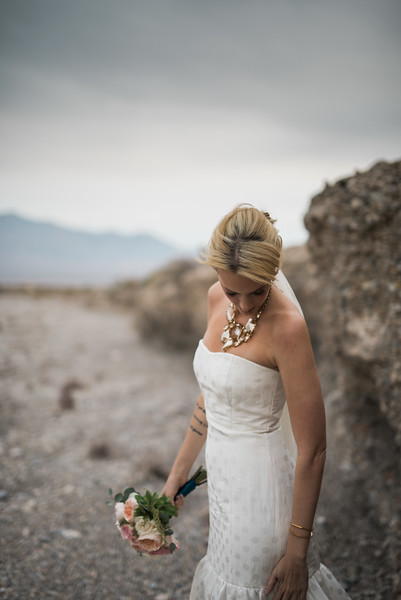 Kristen-Kay-Photography-Las-Vegas-Desert-Elopement-29