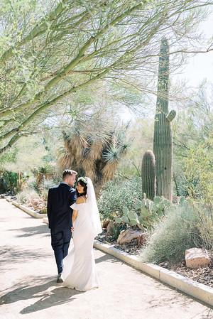 Springs Preserve Las Vegas Intimate Wedding Venue - desert elopement - Kristen Kay Photography | #cacti #cactus #nature #outdoorceremony #desertplants #wedding #lasvegasweddingphotographer