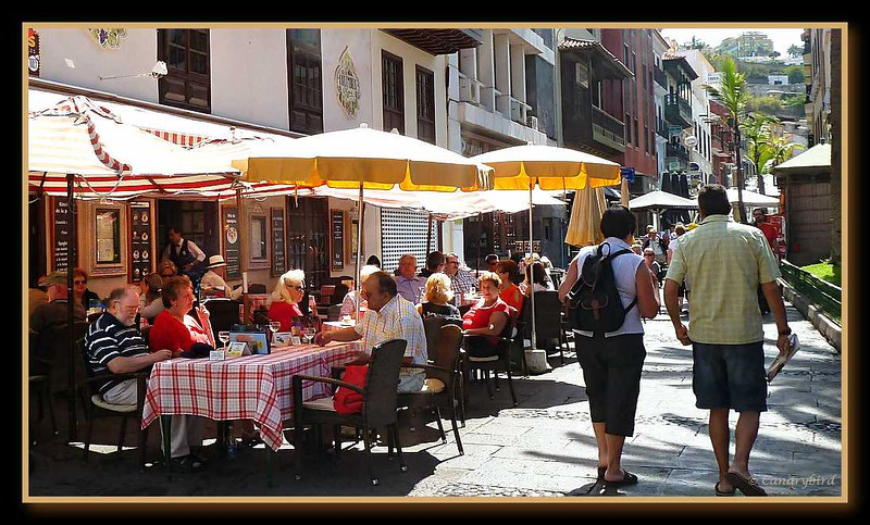 Columbus Cafe in Plaza del Charco.