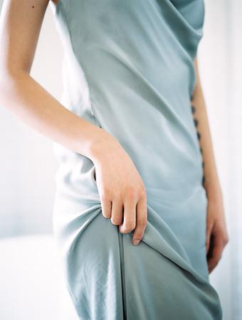 editorial boudoir - hand details | Kristen Krehbiel - Kristen Kay Photography - Southern California Lifestyle Photographer | Belle Lumiere & Amber Reverie Design