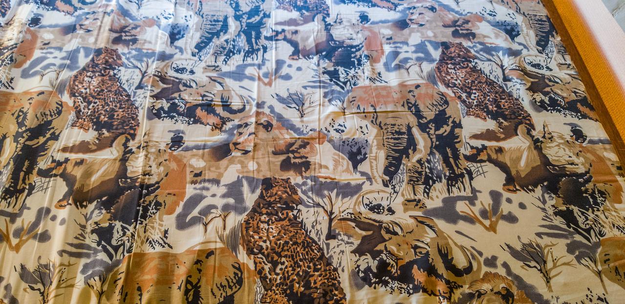 Eezi-Awn Globe Tracker tent mattress with animal print