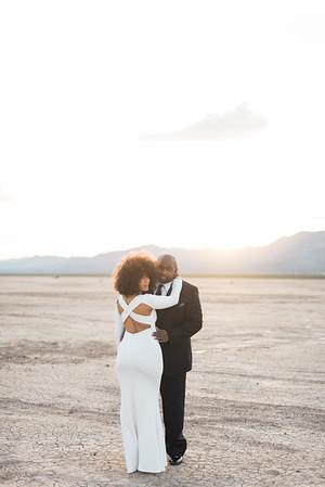 KRISTEN KAY PHOTOGRAPHY | Dry Lake Bed Las Vegas Desert Elopement | XOXO Jamelle Wedding