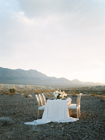 Janna Brown Design blush and dusty blue sunrise table setting // Kristen Krehbiel - Kristen Kay Photography // Las Vegas desert elopement