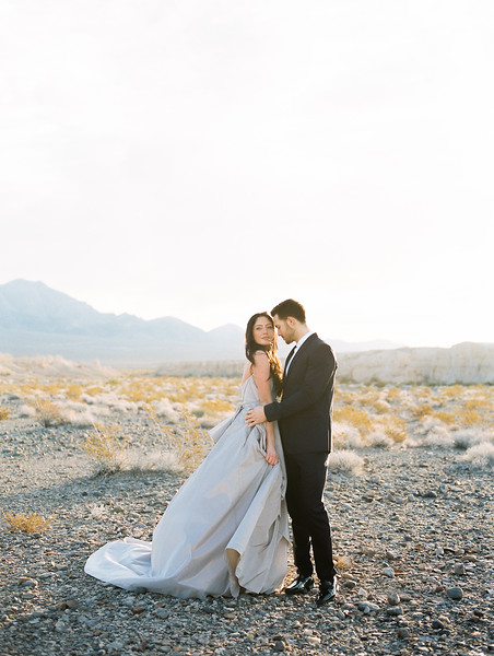 Kristen Krehbiel - Kristen Kay Photography // Las Vegas sunrise desert elopement // Carol Hannah Gown - natural no makeup bridal look // Janna Brown Designs and Magnolia Rouge