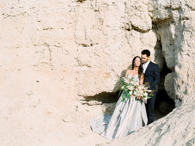 Carol Hannah Bridal Gown - sweetheart ballgown with bow // Las Vegas Desert Sunrise Elopement //Janna Brown Design // Kristen Krehbiel - Kristen Kay Photography // Fuji 400h - film in direct sunlight