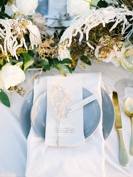 gold and dusty blue table setting inspiration // Janna Brown Design // Kristen Krehbiel - Kristen Kay Photography - sunrise desert elopement in Las Vegas