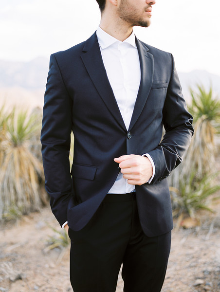 Groom -  modern look - tux and white shirt without a tie // Janna Brown Design // Kristen Krehbiel - Kristen Kay Photography - Blues and blush sunrise desert elopement in Las Vegas