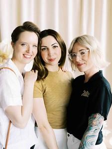 Flora Pop - Las Vegas elopement wedding chapel - modern, minimal, natural light wedding chapel - Kristen Kay Photography - Kristen Krehbiel - Sure Thing Chapel