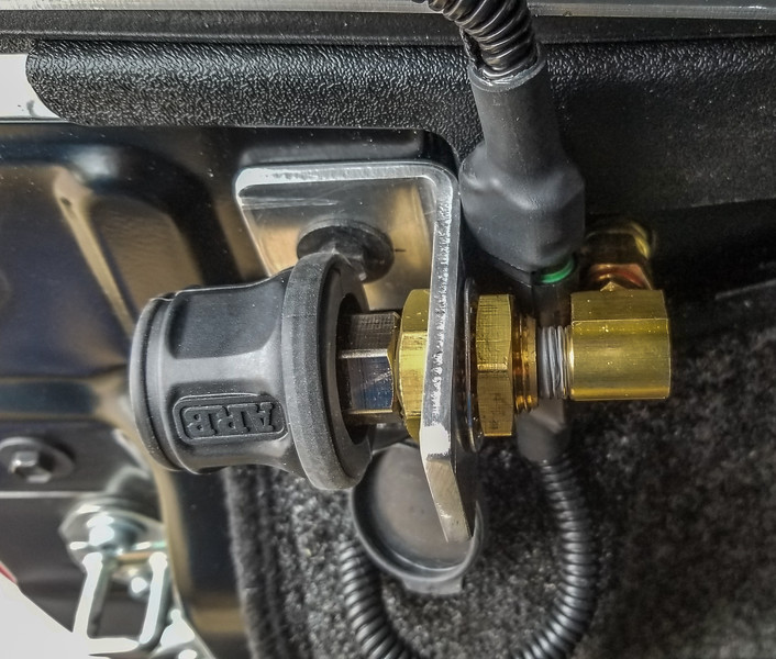 ARB Twin air compressor port