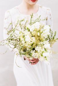 Utah Salt Flats Elopement   Florals by Sarah Winward   Kristen Kay Photography-6